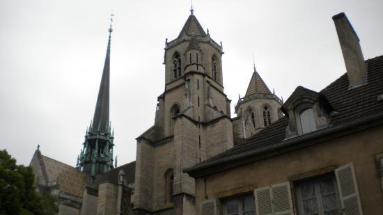 St Bénigne